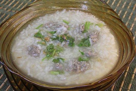 تحضير شوربة الأرز باللحم