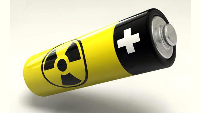 طالب دراسات عليا بجامعة روسية يخترع بطارية نووية تعمل لـ12 عاما
