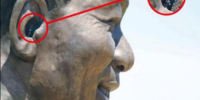 أرنب في أذن تمثال نيسلون مانديلا يثير غضب حكومة جنوب إفريقيا