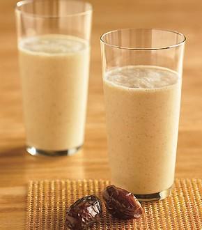 تحضير شراب التمر مع الحليب