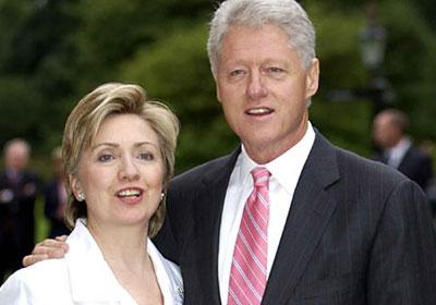 هيلاري وبيل كلينتون ينتظران قدوم حفيدهما الأول