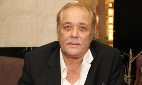 محمود-عبد-العزيز.