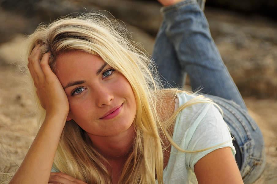 أجمل النساء في 10 بلدان - السويد