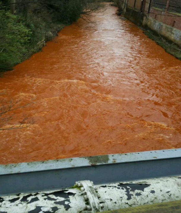 نهر برتقالي