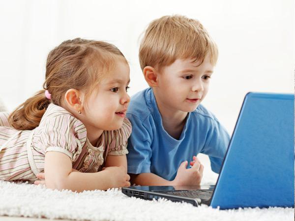 الأطفال والالكترونيات